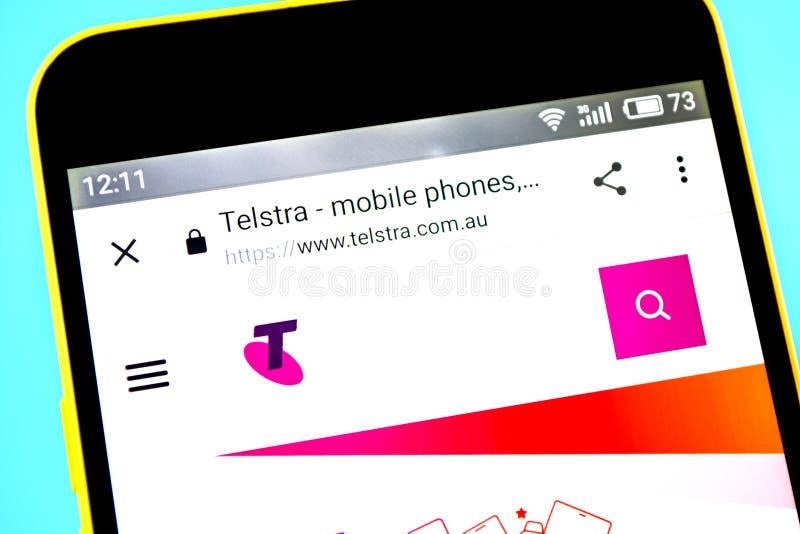 Berdyansk, Ucrania - 14 de mayo de 2019: Editorial ilustrativo del homepage de la página web de Telstra Logotipo de Telstra visib imágenes de archivo libres de regalías