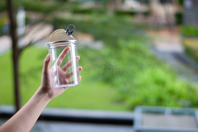 Bereiten Sie - überschüssiges Plastikflaschen Konzept der Wiederverwendung auf lizenzfreie stockfotos