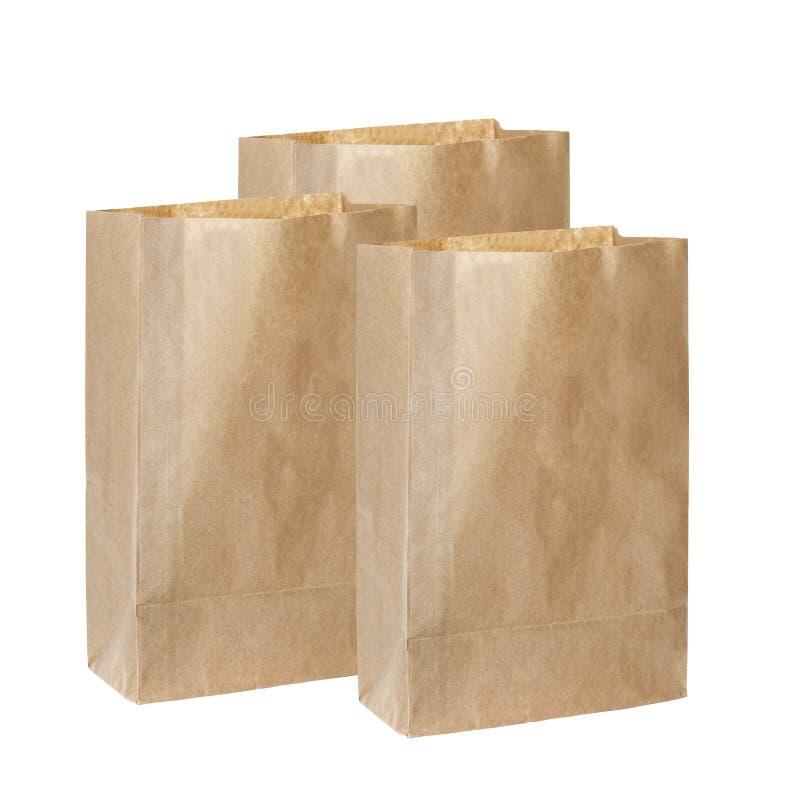 Bereiten Sie die Taschen der braunen Papiere auf, die auf Weiß lokalisiert werden lizenzfreie stockfotografie
