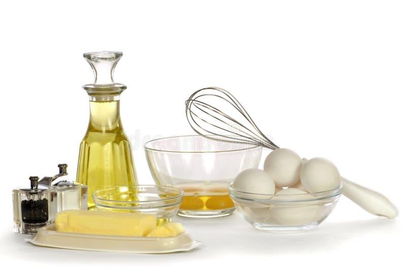 Bereiten Sie für Omelette vor lizenzfreie stockbilder