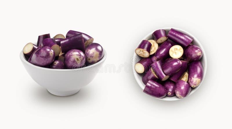 Download Berenjena Púrpura En Un Cuenco Foto de archivo - Imagen de cooking, granja: 42428742