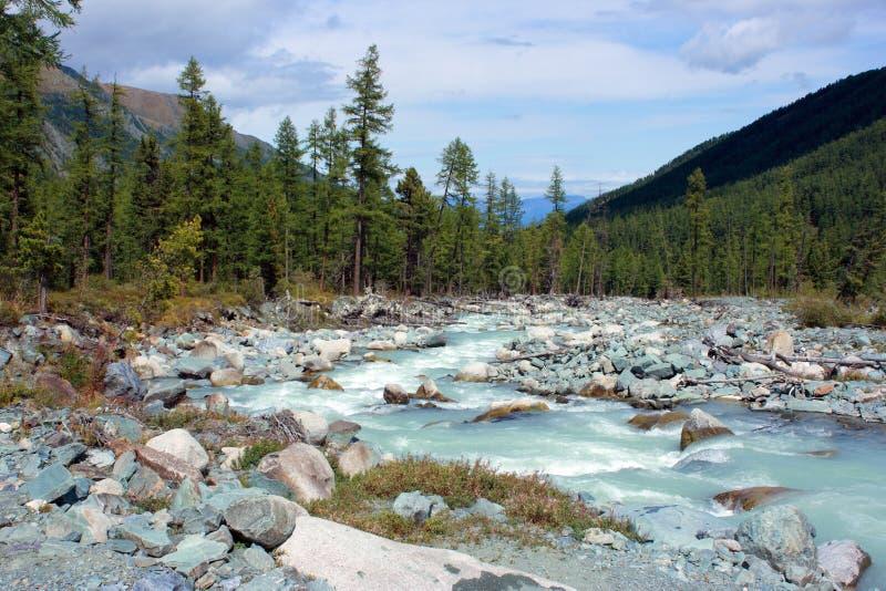 Berg Altai De rivier Akkem royalty-vrije stock afbeeldingen