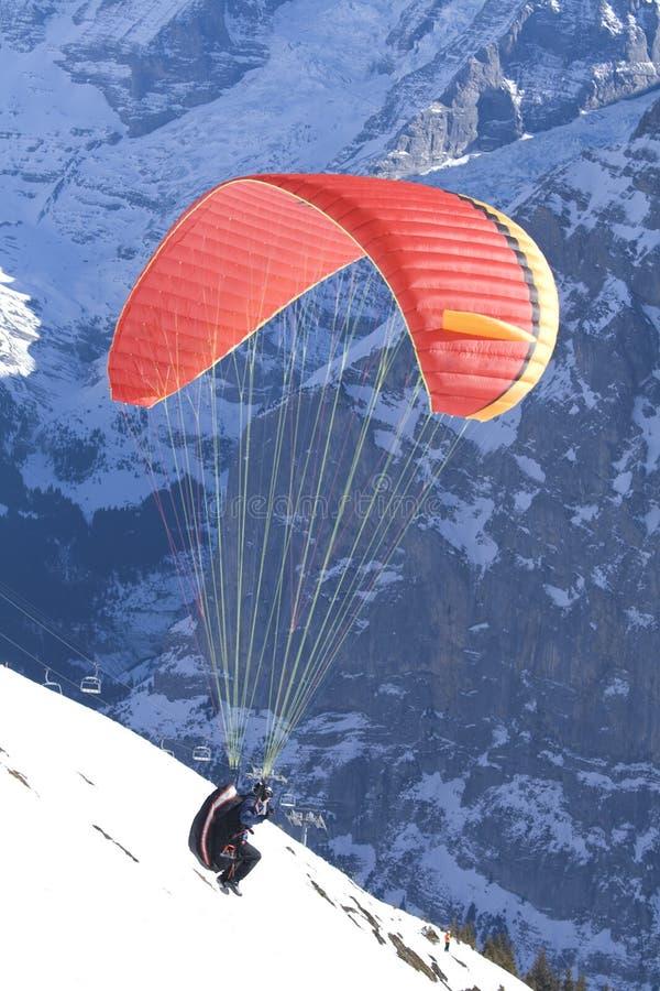 berg av att ta för paraglider arkivfoton