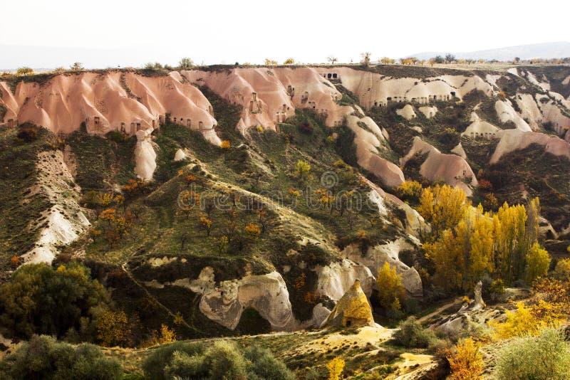 Berg-Cappadocia-Landschaft, die Türkei Goreme am kalten Winter lizenzfreie stockbilder