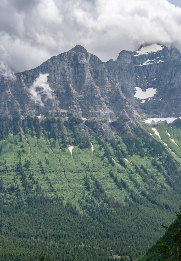 Berg Clements From die Rückseite stockbilder
