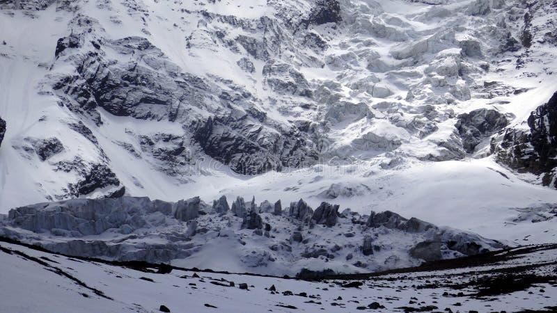 Berg in de Annapurna-Kring, Nepal stock foto's