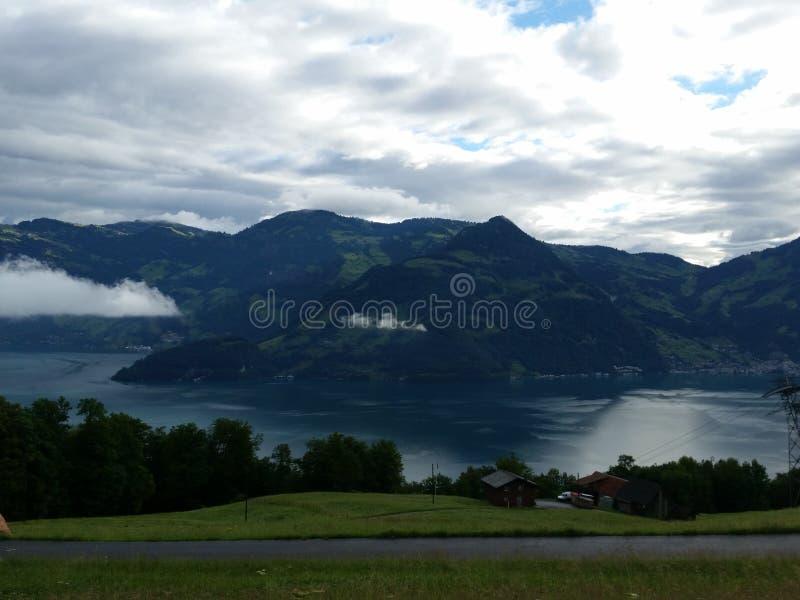 Berg die Schweiz lizenzfreie stockfotos