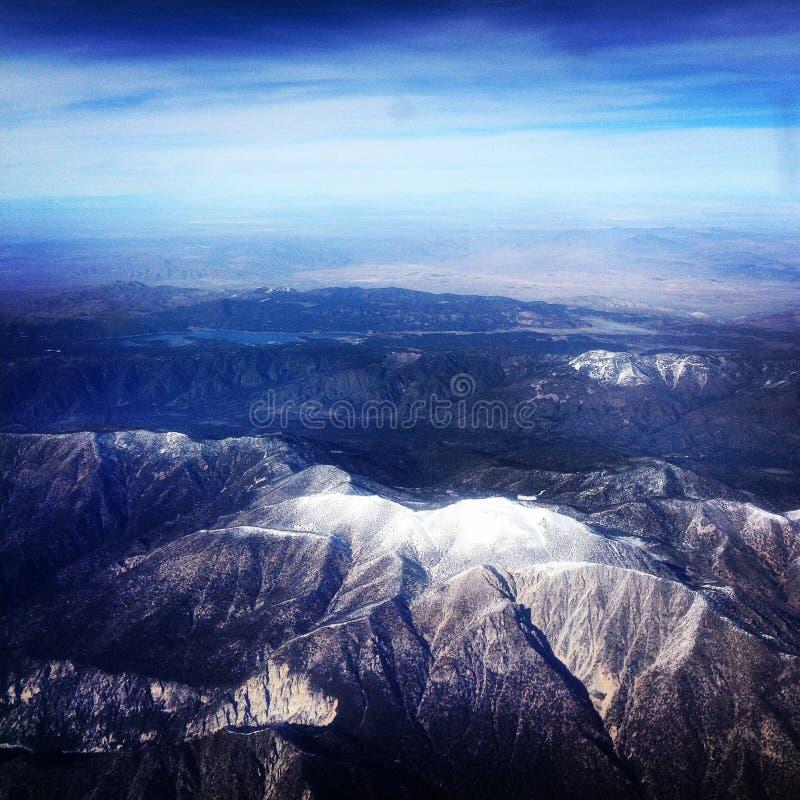 Berg från himlen arkivbilder