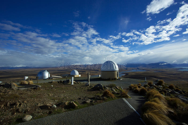 Berg John Observatory In Tekapo lizenzfreie stockfotos