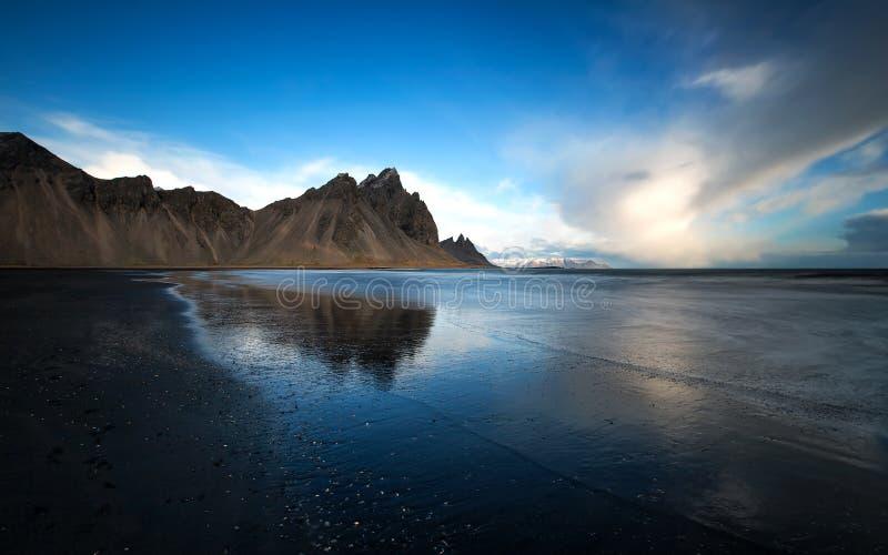 Berg Kirkjufell, Island lizenzfreies stockfoto