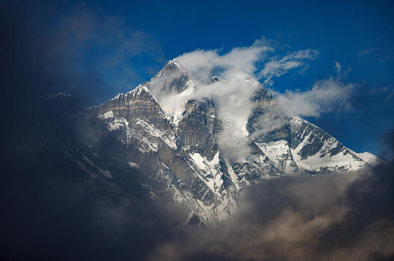 Berg Lhotse stock foto's