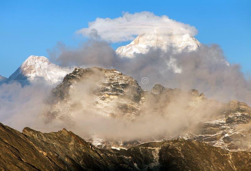 Berg Makalu 8463 m stockfoto