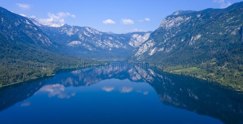 Berg met meer, Slovenië royalty-vrije stock fotografie