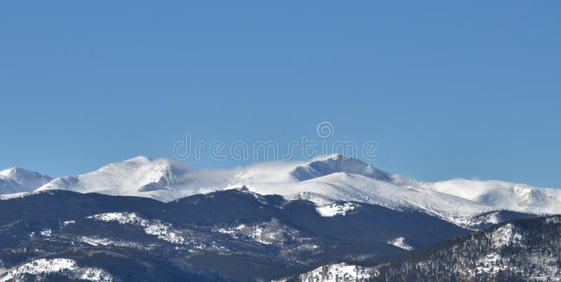 Berg Mt Evans im Winter lizenzfreie stockfotos