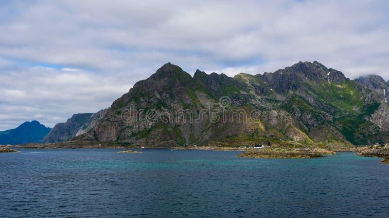 Berg in Norwegen lizenzfreie stockbilder