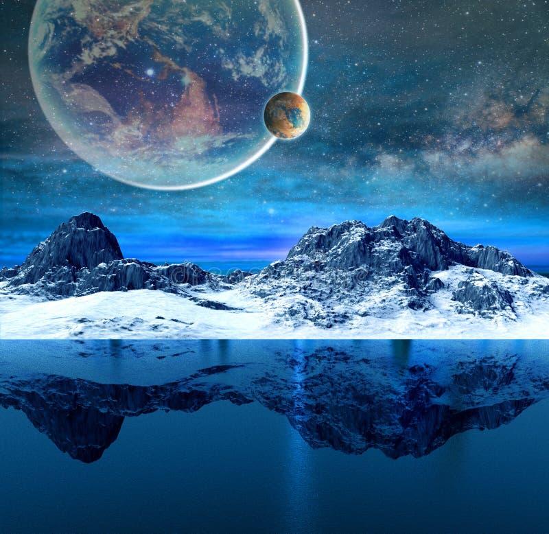 Berg och härligt genomskinligt hav royaltyfri bild