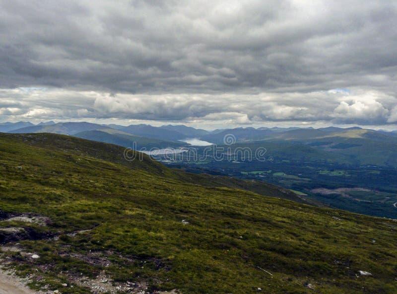 Berg op een bewolkte dag royalty-vrije stock fotografie