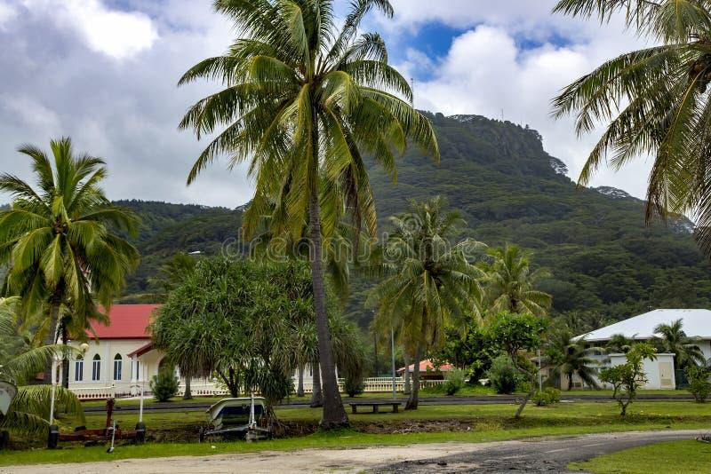 Berg på ön av Papeete arkivfoton