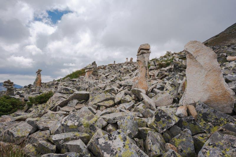 Berg Pirin och topp Polezan royaltyfria foton