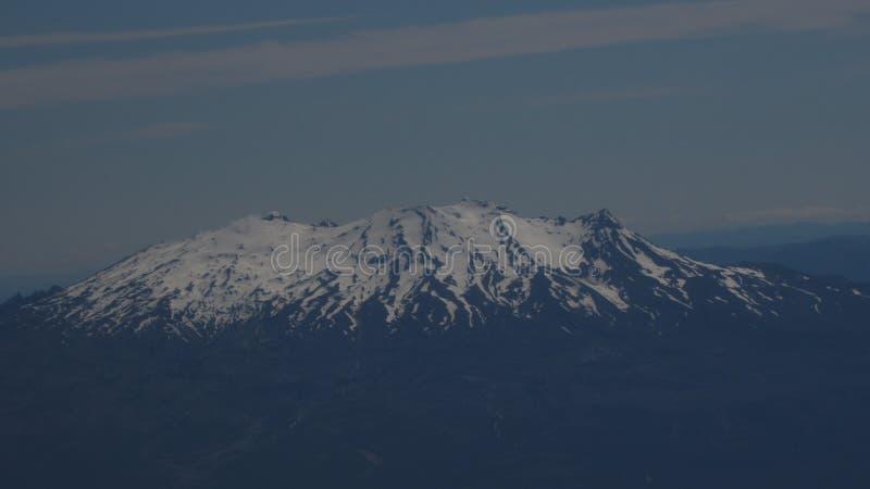 Berg Ruapehu im Flug lizenzfreie stockfotos