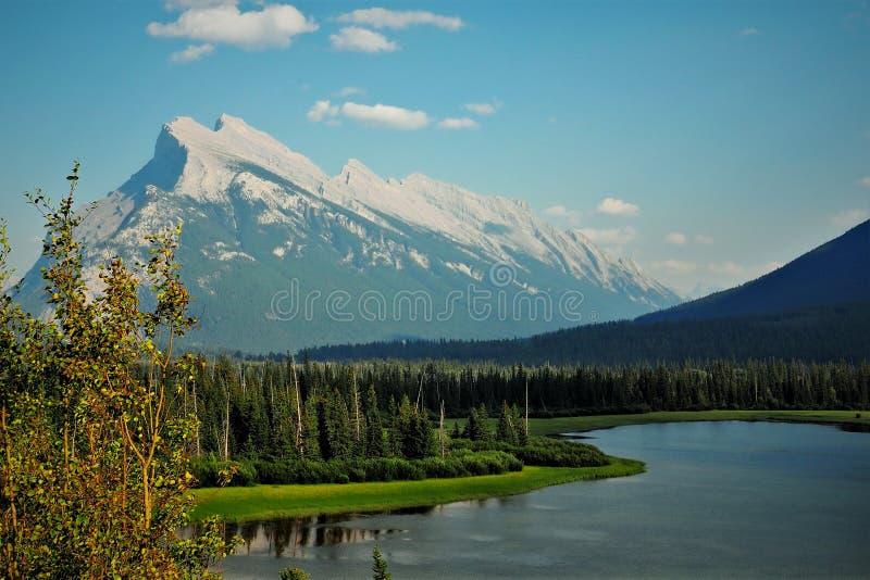Berg Rundle, Alberta, Kanada lizenzfreie stockfotografie