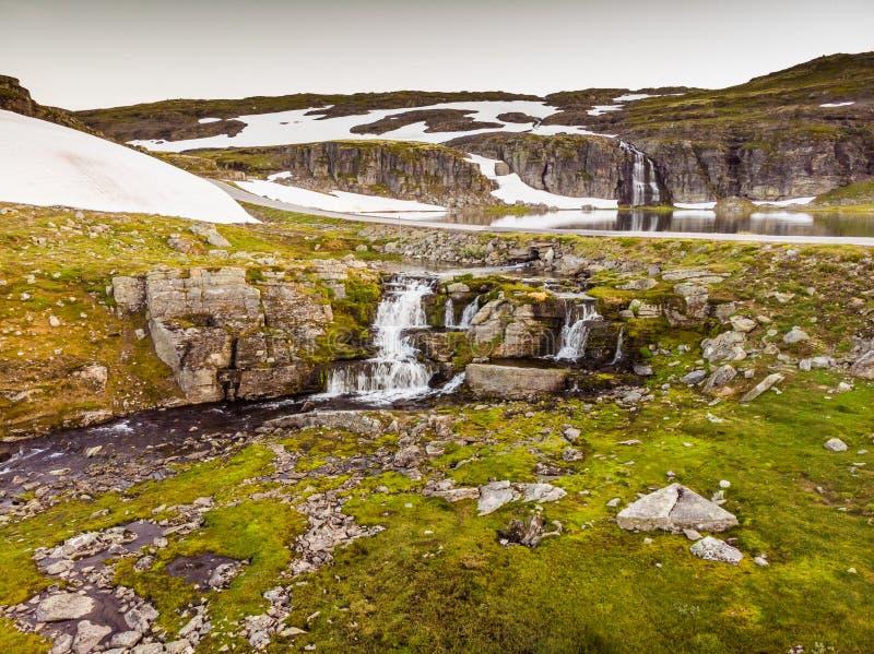 Berg sj? Flotvatnet, Aurlandsfjellet Norge fotografering för bildbyråer