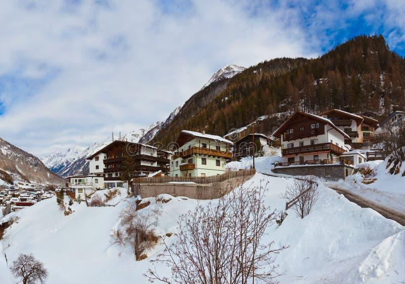 Download Berg Skidar Semesterorten Solden Österrike Arkivfoto - Bild av turism, maximum: 27280188