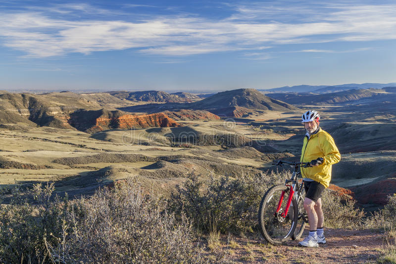 Berg som cyklar i Colorado arkivbild