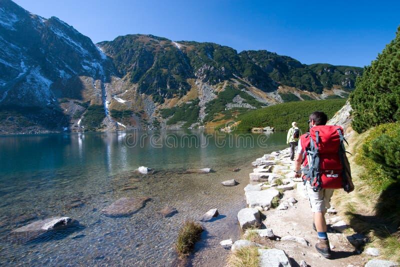 berg som trekking royaltyfria foton