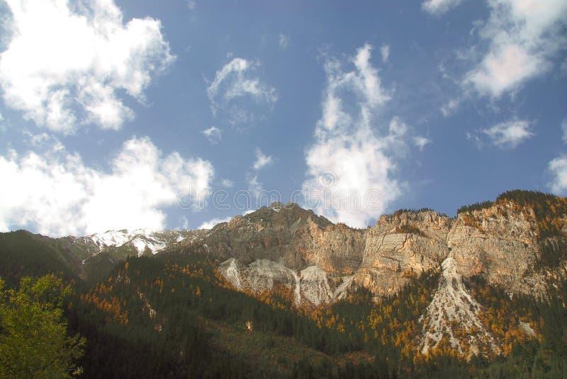 Berg van JiuZhaiGou stock fotografie