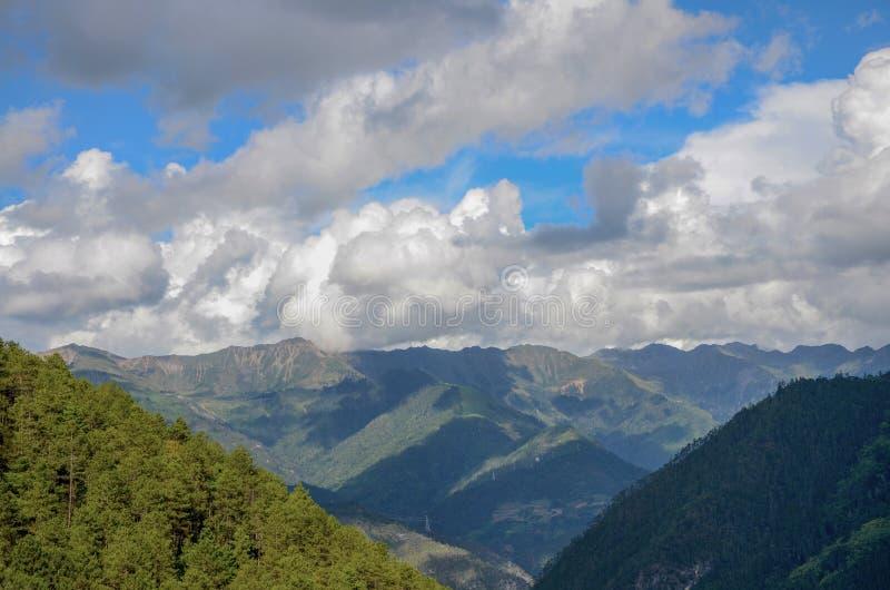 Berg in Yunnan, China stock fotografie