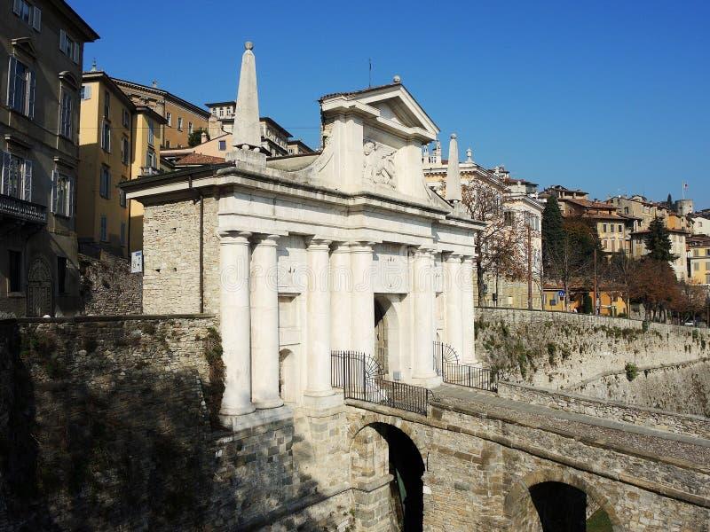 Bergamo - cidade velha O leão de Saint Marco fotos de stock royalty free