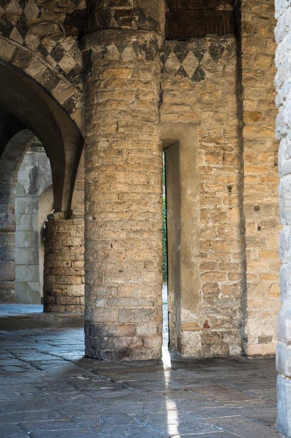 Bergamo Citta Alta, Italien Kolonner Basilica Santa Maria Maggiore royaltyfri bild