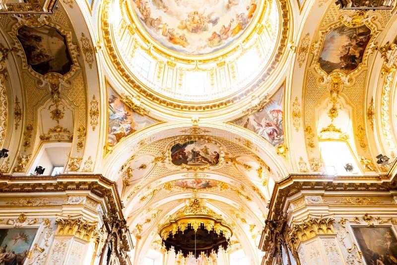 Bergamo, Italia - 25 gennaio 2019 - dentro l'interno della cattedrale in Citta Alta, Di Bergamo, una cattedrale di Cattedrale di  immagine stock libera da diritti