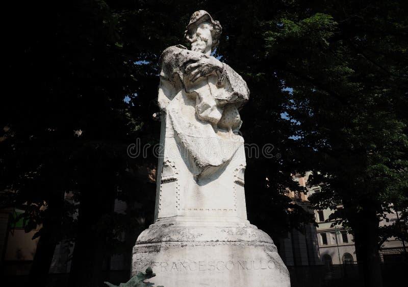 BERGAMO, ITALIEN, am 25. Mai 2018: Statue von Francesco Nullo ein italienischer Patriot, ein Militäroffizier und ein Kaufmann lizenzfreie stockfotos