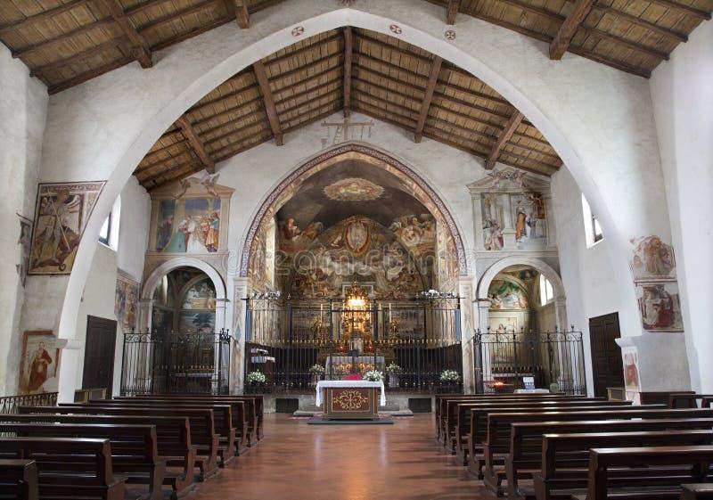 Bergamo - skepp av den kyrkliga biancoen för Michele alpozzo. arkivfoton