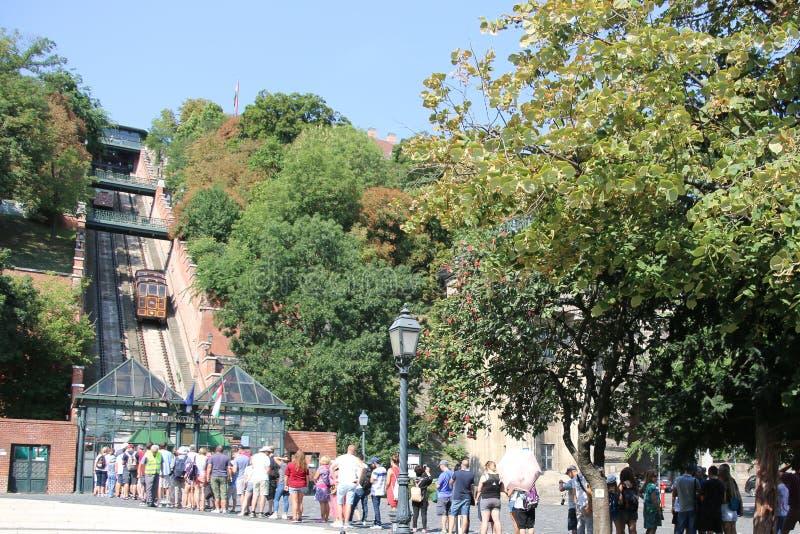 Bergbana i Budapest i Ungern arkivbilder