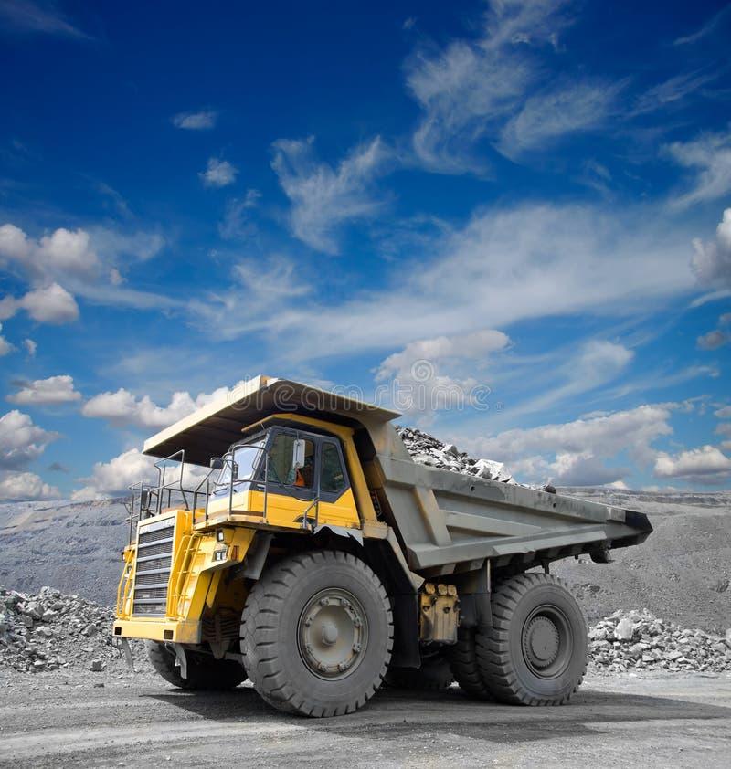 Bergbau-LKW lizenzfreies stockbild
