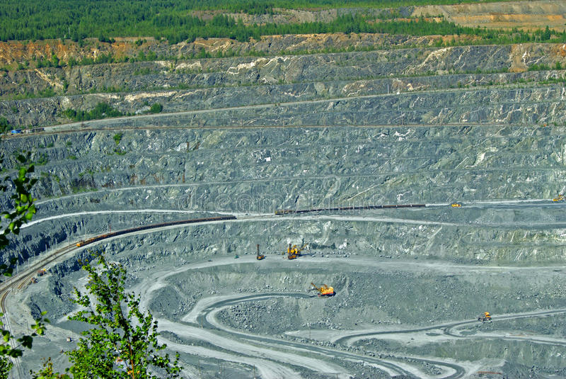 Bergbaugrube lizenzfreie stockbilder