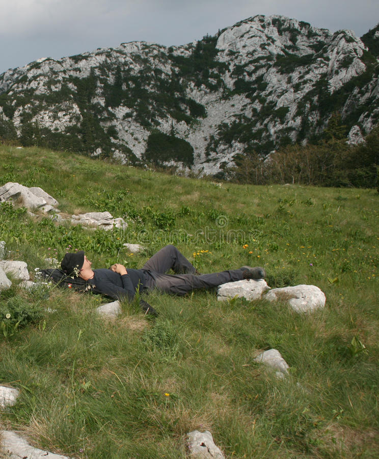 Bergbeklimmer/het Nemen van een Dutje royalty-vrije stock afbeelding