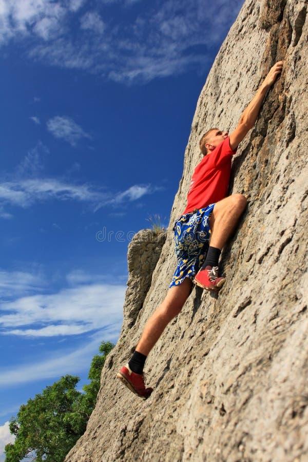 Bergbeklimmer zonder verzekering stock afbeelding