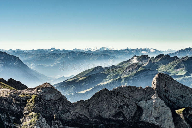 Bergblick vom Berg Saentis, die Schweiz, Schweizer Alpen stockbild