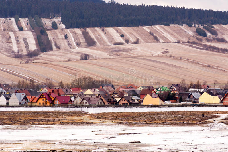Bergby i Polen arkivbilder