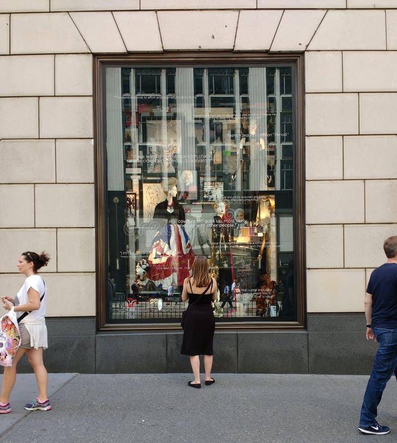 Bergdorf dobrego człowieka pokazu okno, Miasto Nowy Jork, NY, usa obraz royalty free