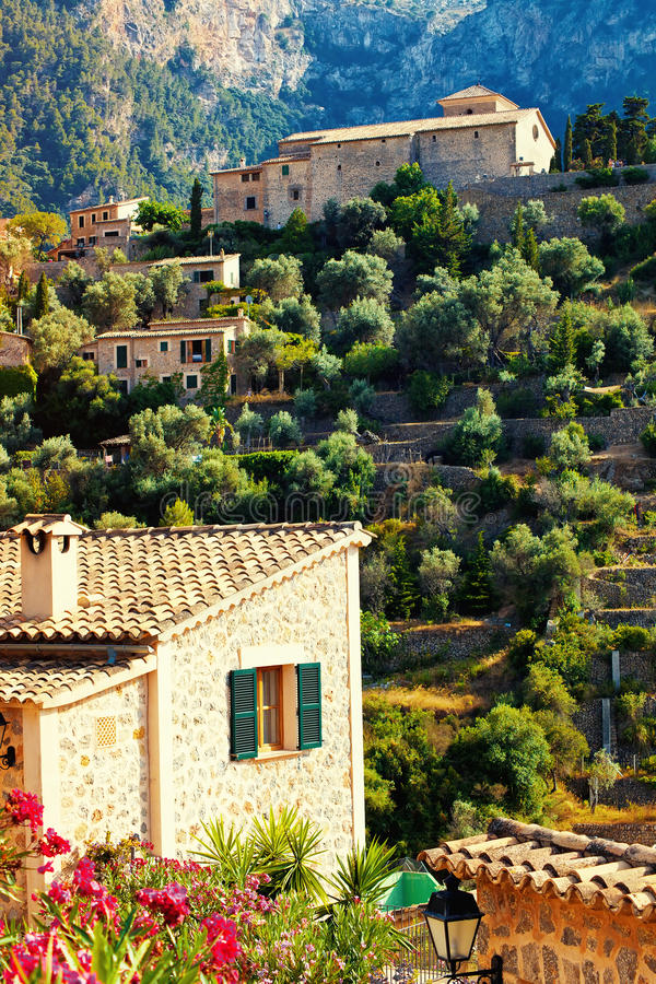 Bergdorp Deia in Mallorca royalty-vrije stock afbeeldingen