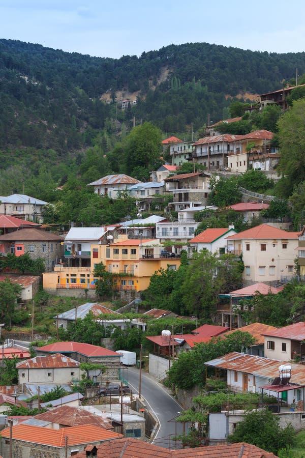 Bergdorp Pedoulas, Cyprus stock afbeeldingen