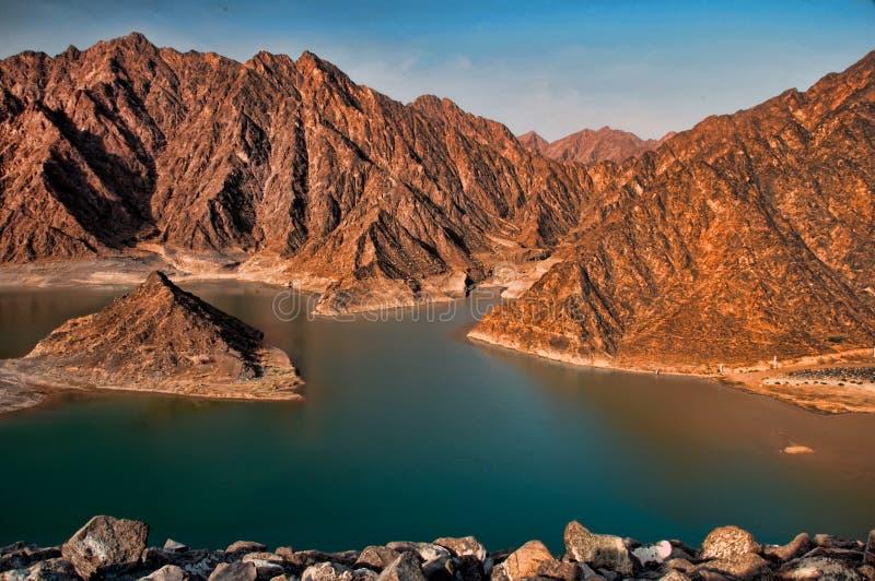 Berge in der Dubai-Wüste stockfotografie
