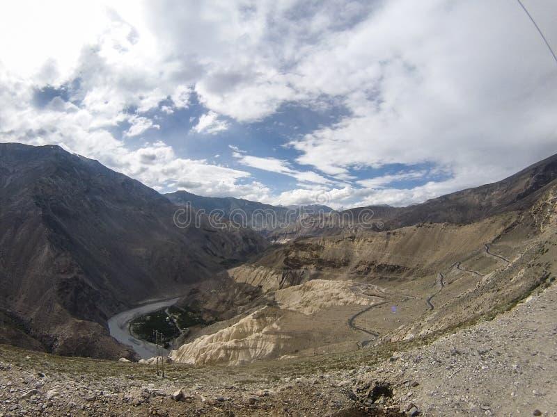Berge des Kalksteins lizenzfreie stockfotografie