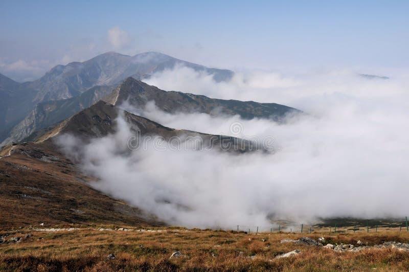 Berge im Herbst stockbilder