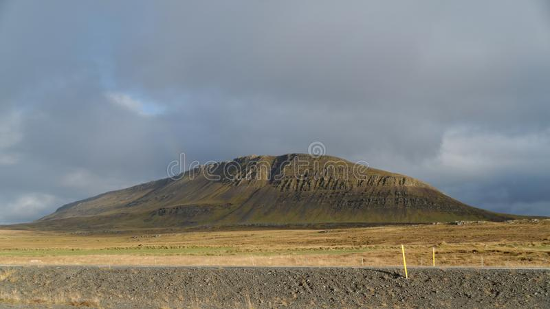 Berge in Island lizenzfreie stockfotos